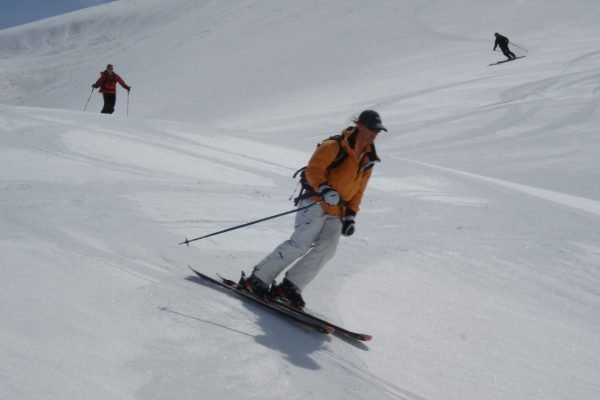 Spring skiing off-piste